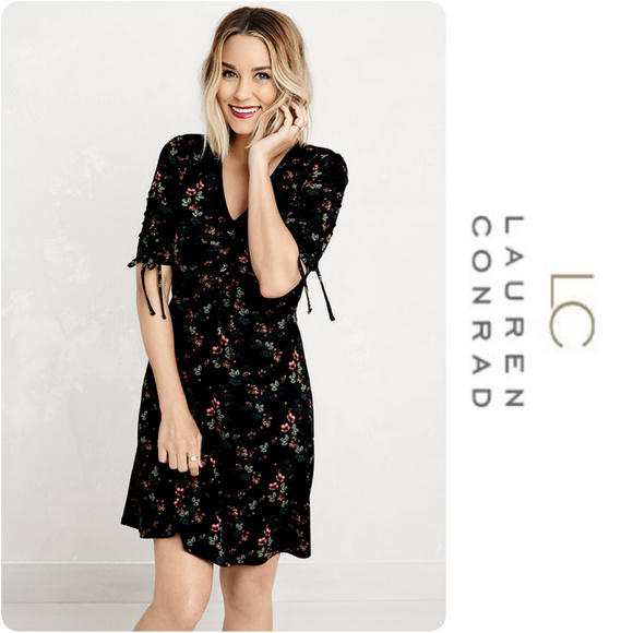 3229480ec56 Lauren Conrad Print Fit   Flare Dress Size M